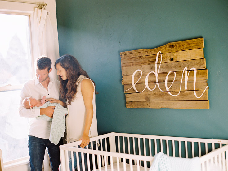 Newborn family photo | Cassidy Brooke Photography | wall art by ezer calligraphy & design