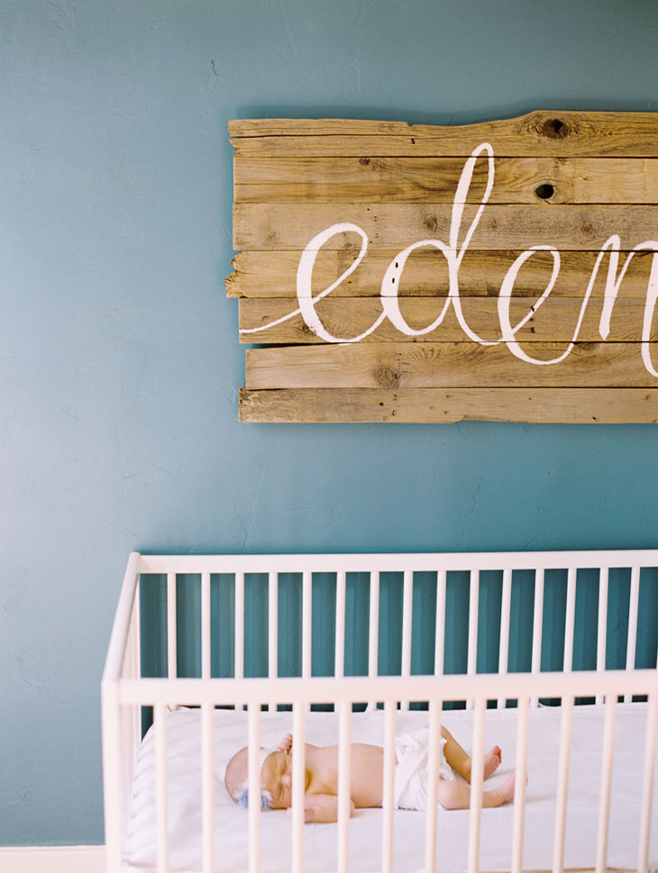 Newborn photo | Cassidy Brooke Photography | sign by ezer calligraphy & design