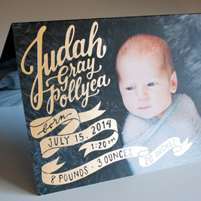 baby announcement with gold foil lettering | Taryn Eklund Ink